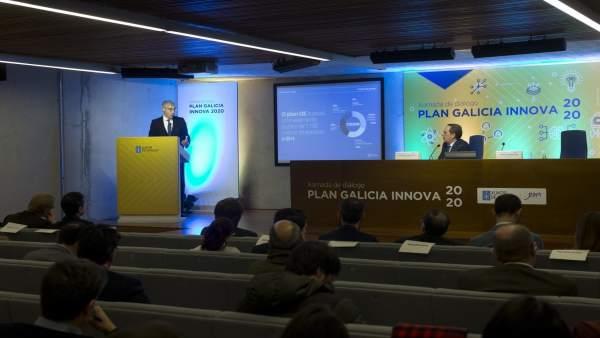 Presentación Galicia Innova 2020 con Conde y Valeriano Martínez