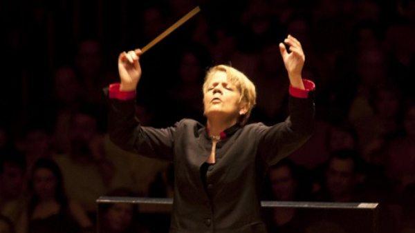 Marin Alsop directora orquesta