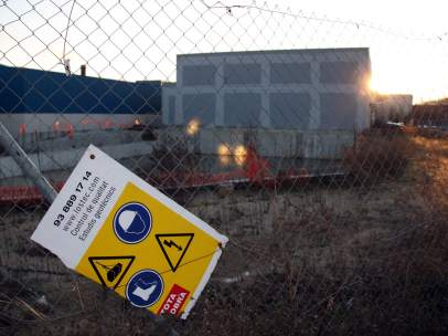 El terreno donde se pretende construir el macroprostíbulo Showgirls Chocolate Night Club (2010).