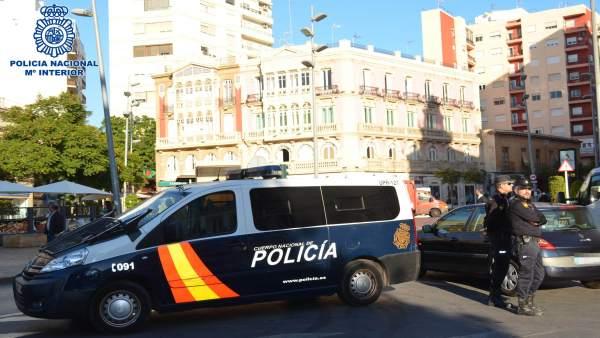 Policía Nacional en el centro de Almería