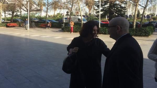 """Simón (PP) diu que no és """"coneixedora"""" del finançament il·legal del partit i nega ordes de pagament a Laterne"""