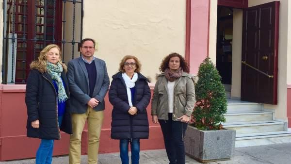 Miembros del Grupo Municipal del PP de Alcalá de Guadaíra