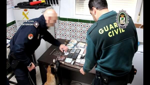 Remitiendo Np Opc Huelva 'La Guardia Civil Y La Policía Local La Palma Del Conda