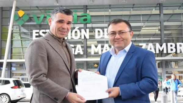 José Bernal presidente del PSOE de Málaga y portavoz Marbella con MAH Heredia di