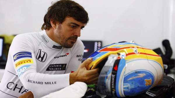 Fernando Alonso Malasia McLaren