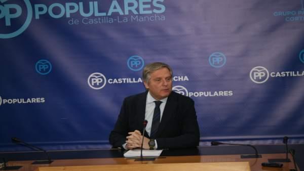 Gpp Clm (Cortes De Voz Y Fotografía) Francisco Cañizares En Rueda De Prensa, 300