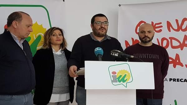Guzman Ahumada en rueda de prensa