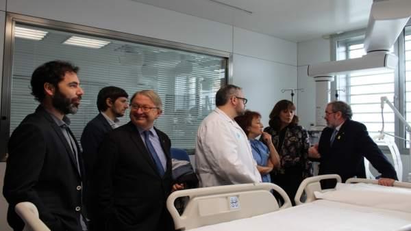 El presidente de la Diputación de Lleida, Joan Reñé, ha visitado la nueva UCI