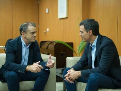 José Manuel Franco, secretario general del PSOE-M, y Pedro Sánchez, líder del PSOE, en una reunión el pasado octubre.