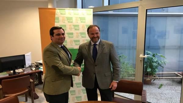 Acuerdo entre Asaja Cádiz y Caja Rural