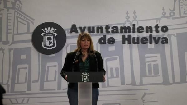 La portavoz del PP en el Ayuntamiento de Huelva, Pilar Miranda.