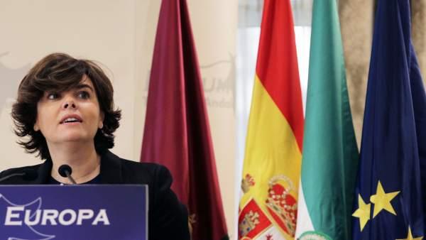 Soraya Sáenz de Santamaría es reunirà aquest dimecres amb una vintena d'empresaris de la Comunitat Valenciana