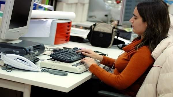 Universitarios con discapacidad en empresas de Andalucía