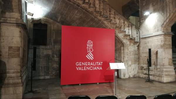 Nuevo logotipo de la Generalitat Valenciana en el Palau