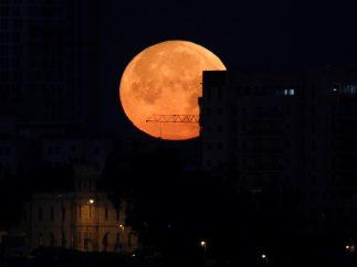 Jerusalén iluminada por la superluna