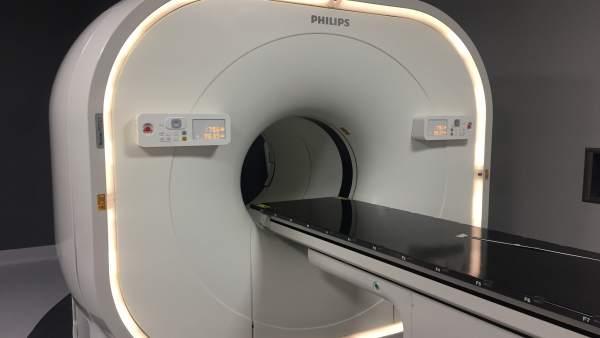 El Hospital Clínico de Santiago incorpora un PET-TAC de última generación