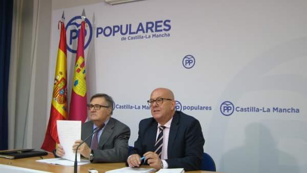 García-Tizón y Bravo en rueda de prensa