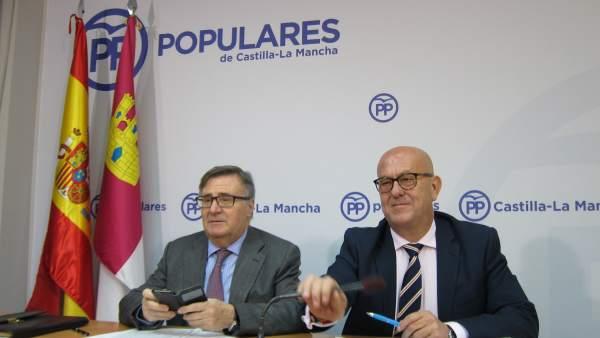 Garcí-Tizón y Bravo en rueda de prensa
