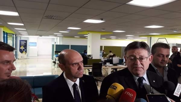 Puig atiende a los medios junto a Echávarri en Alicante