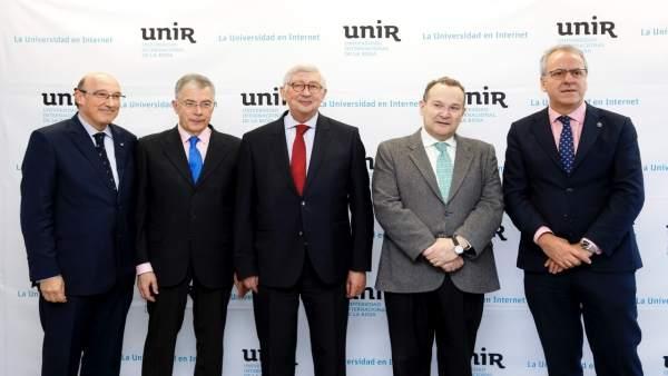 Catedráticos participantes en debate UNIR