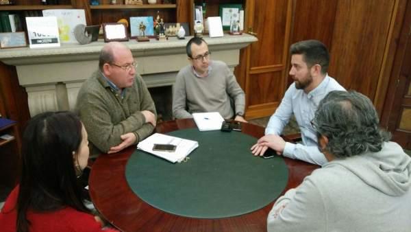 Reunión del alcalde con CCOO