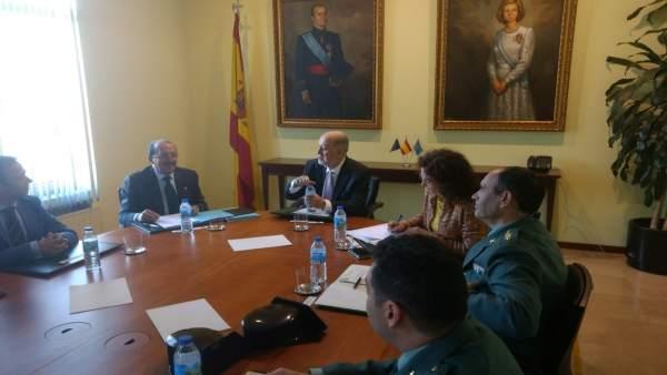 Imagen de la reunión en Delegación de Gobierno.