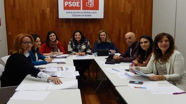 Inmaculada Román en la reunión de la mesa de análisis del mercado laboral