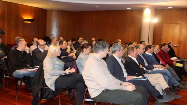 Reunión en la DPH sobre prevención y extinción de incendios