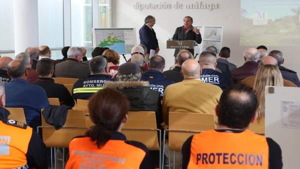 Reunión Conesa protección civil y Delgado Bonilla lineas electricas plan alerta