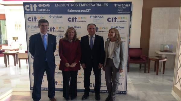 Bendodo y çAngeles Muñoz en un encuentro organizado por CIT Marbella