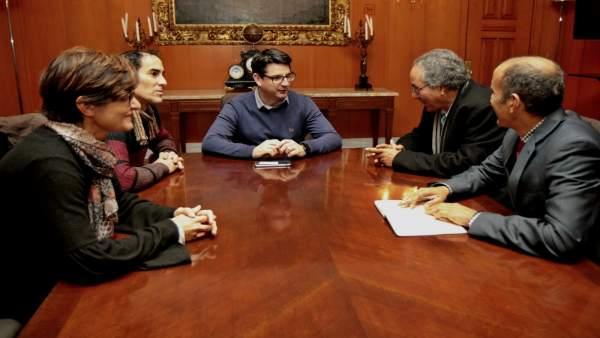 Pedro García, Juan Hidalgo, Amparo Pernichi, Bulahi Mohamed Fadel y Mohamed Zrug