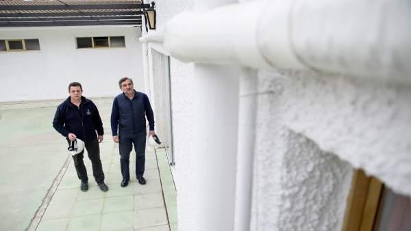 Ángel Escobar ha visitado las obras en la Unidad de Levante de la Residencia.