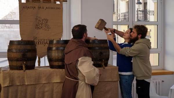 La cata se ha celebrado este miércoles para elegir la nueva cerveza de las Bodas