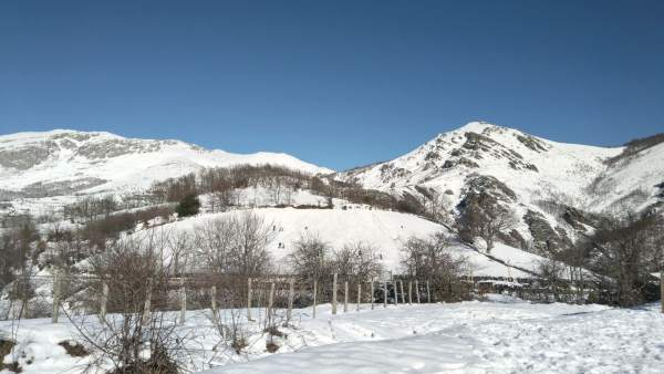 Teverga, montaña, nieve, invierno, turismo rural, economía verde, senderismo