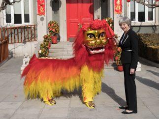 El dragón y la primera ministra