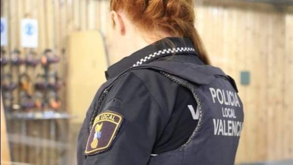 Tres detinguts per ocupar una vivenda en el Cabanyal a la qual van canviar el pany