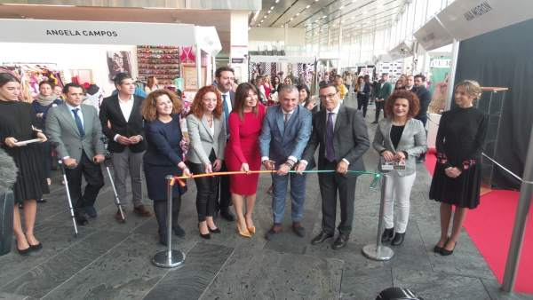 Nota De Prensa Y Fotos Inauguración Salón Internacional De La Moda Flamenca Simo