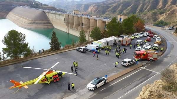 Simulacro de incendio en la central hidroeléctrica del Negratín