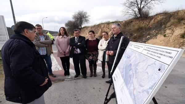 Visita de obras en carreteras de la Diputación