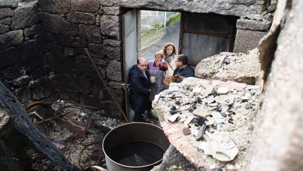 Nota E Fotos: Os Socialistas Denuncian Que As Axudas Da Xunta Polos Incendios De
