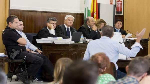 Uno de los testigos durante el juicio por el doble crimen de Almonte.