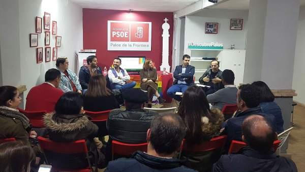 Mesa redonda del PSOE sobre los avances en políticas Lgtbi