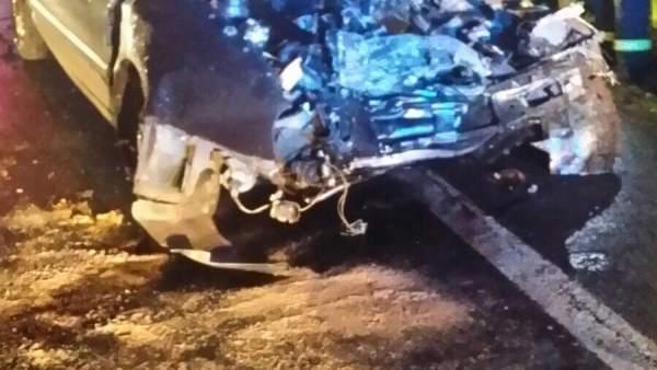 Accidente de tráfico en Oza-Cesuras.