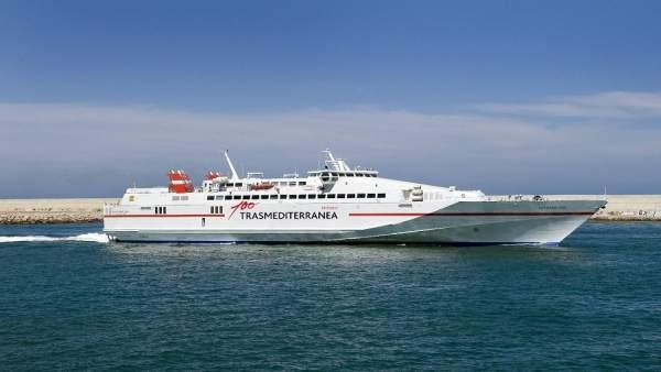 Trasmediterranea comença a operar en Setmana Santa la línia que connecta Gandia i Eivissa en dos hores