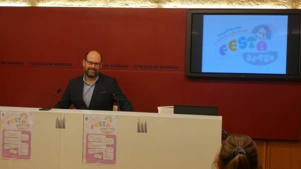 El alcalde de Santiago, Martiño Noriega, en rueda de prensa.