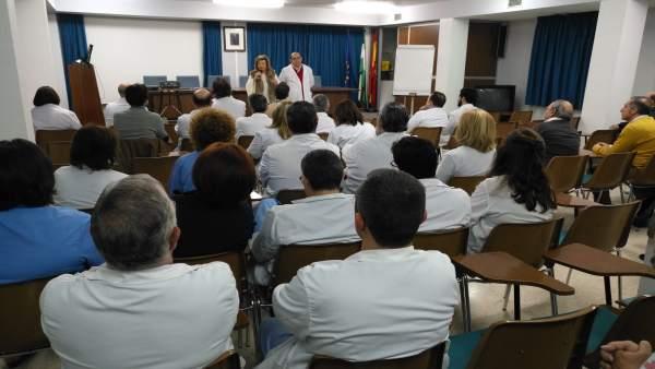 Reunión con profesionales del Hospital de Úbeda