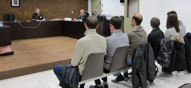 Juicio a seis antifascistas por una agresión el 12-O de 2013.