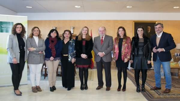 Reunión en la Diputación provincial.