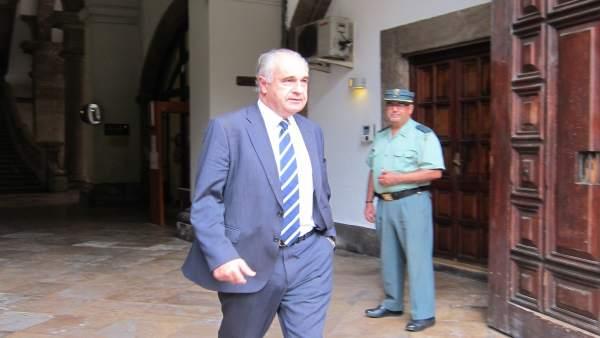 L'Audiència processa a Blasco per les subvencions irregulars i l'hospital d'Haití