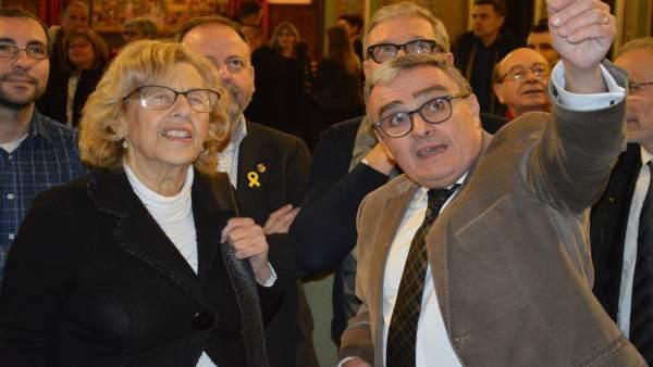 Manuela Carmena con Àngel Ros en el Ayuntamiento de Lleida